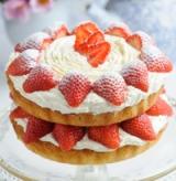 Victoria-Sponge Cake with Strawberries and Cream. Photo via HelloMagazine.com (UK).