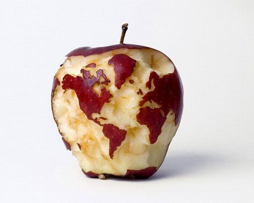 World Map Apple. Photo courtesy of Kevin Van Aelst & Cutestfood.com.